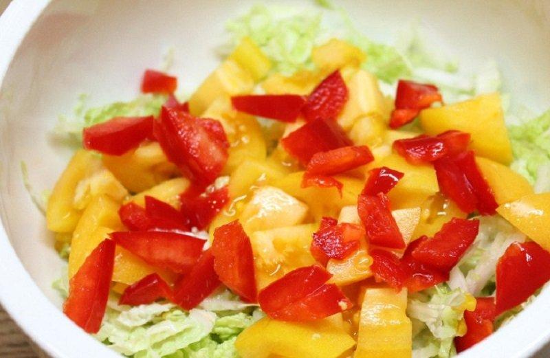 капустный салат с болгарским перцем