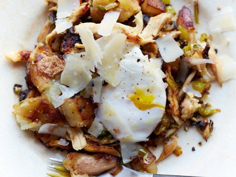 Smażony kurczak z jajkiem sadzonym według receptury Jonathana Waxmana