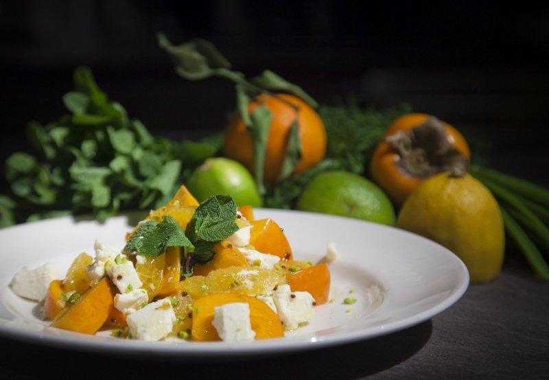 sałatka z persimmon