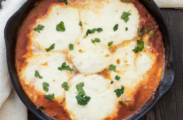 Рецепты запеченных сыров, дип из моцареллы с соусом маринара