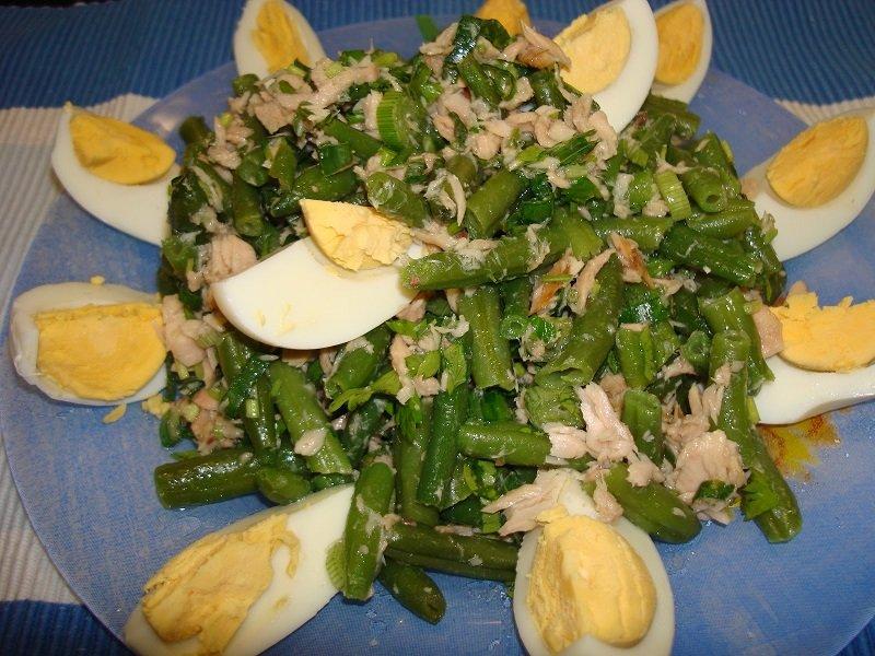 салат с сыром с тунцом