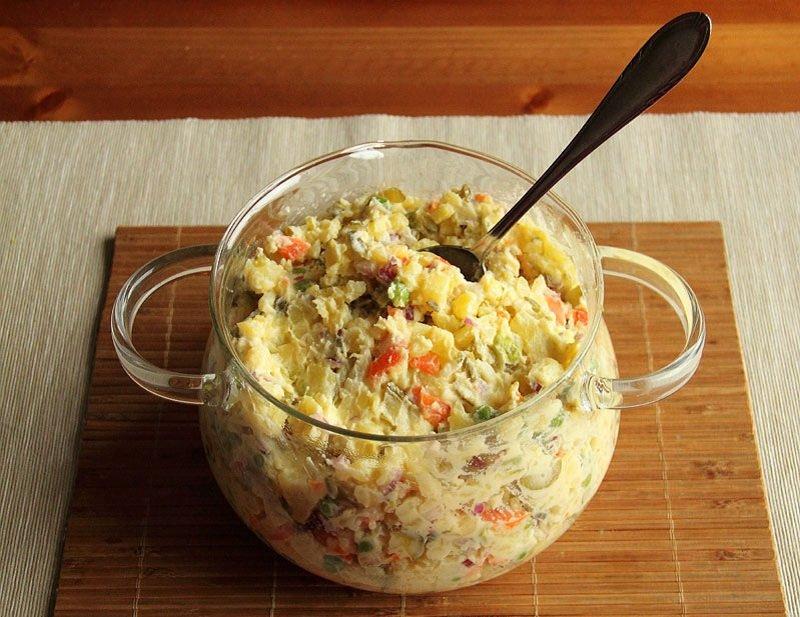 приготування салату з картоплею