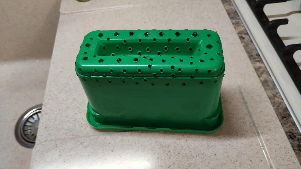 решето из пластикового контейнера