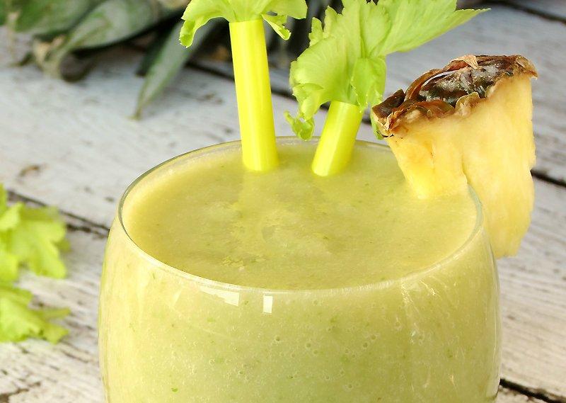 смузи из сельдерея и ананаса