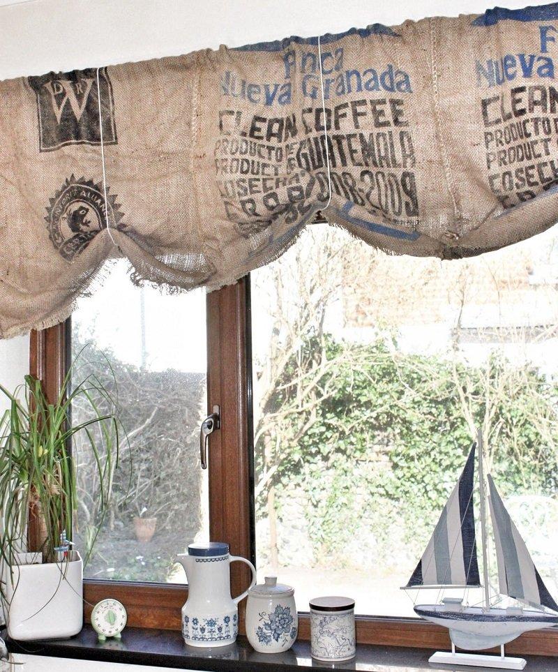 стильные шторы из мешковины