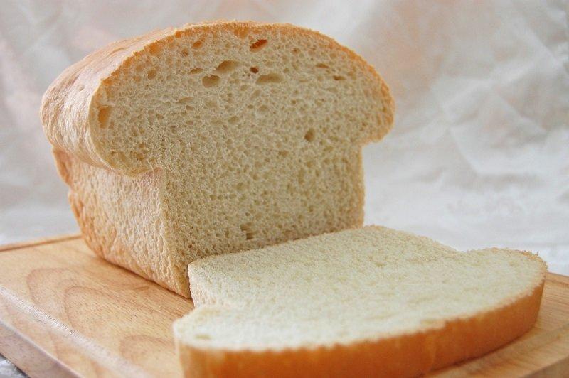 szkoda białego chleba