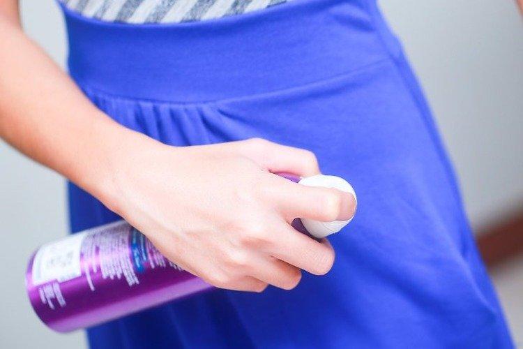 odstraňte lepivost šaty