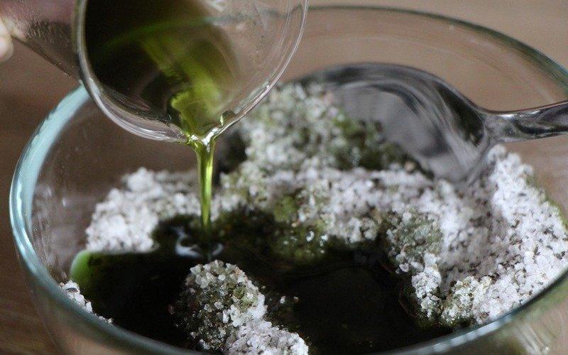 увлажнение оливковым маслом