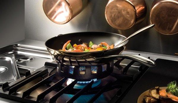 как бережно пользоваться сковородками