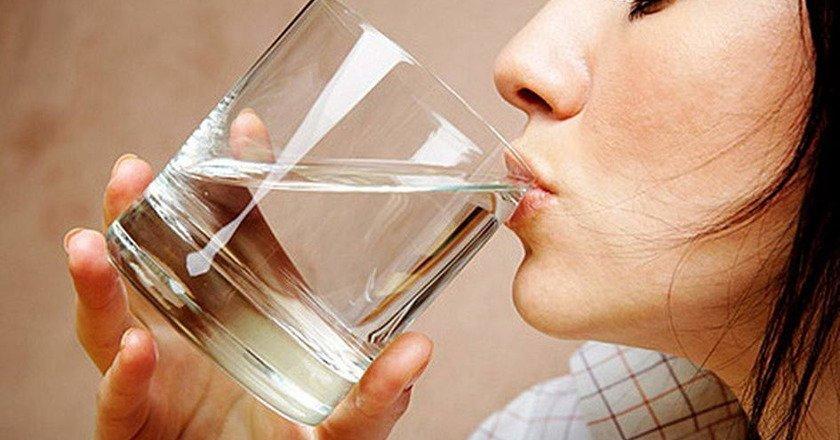 вода натощак