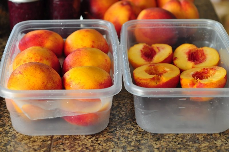 какие фрукты вредные