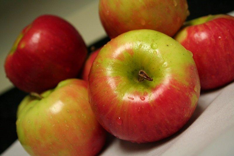 яблочный коктейль на кефире