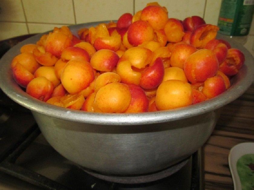 варить абрикосы