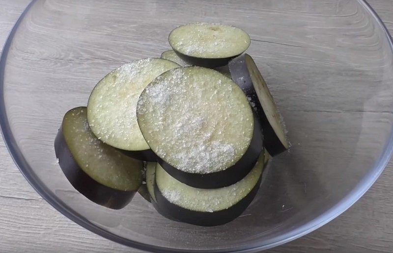 приготовление баклажанов в духовке
