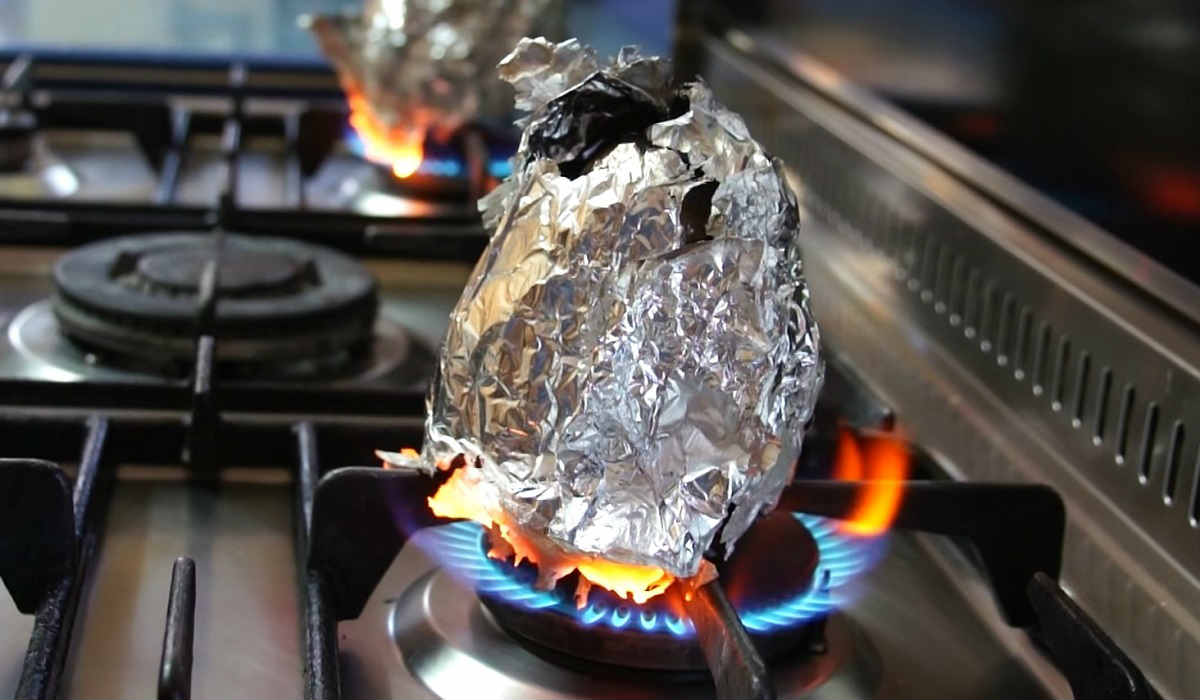 Як приготувати баклажани в фользі з димком