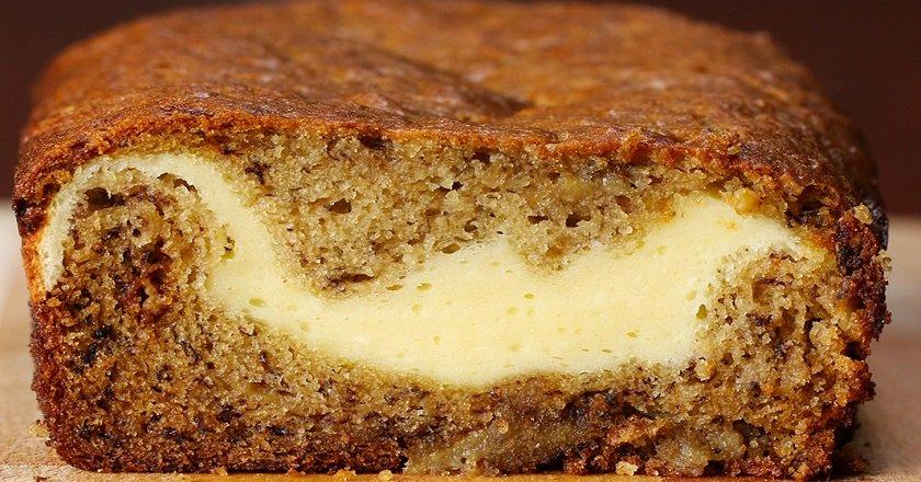 Банановый кекс с сырной начинкой
