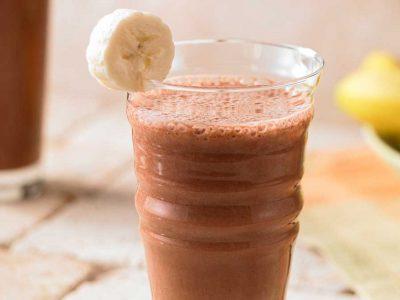 Банановый коктейль с какао