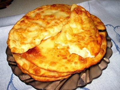 Чебуреки с картошкой и сыром