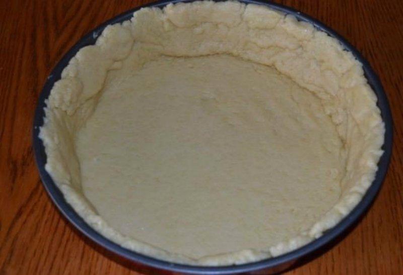 Цветаєвский пиріг з малиною і сметанною заливкою