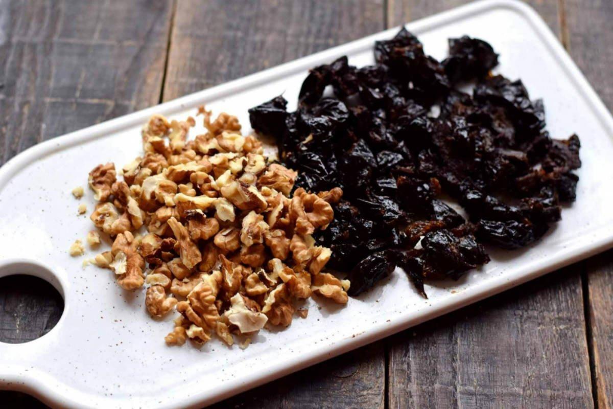 чернослив и орехи