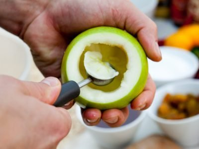Диетические яблоки с творогом