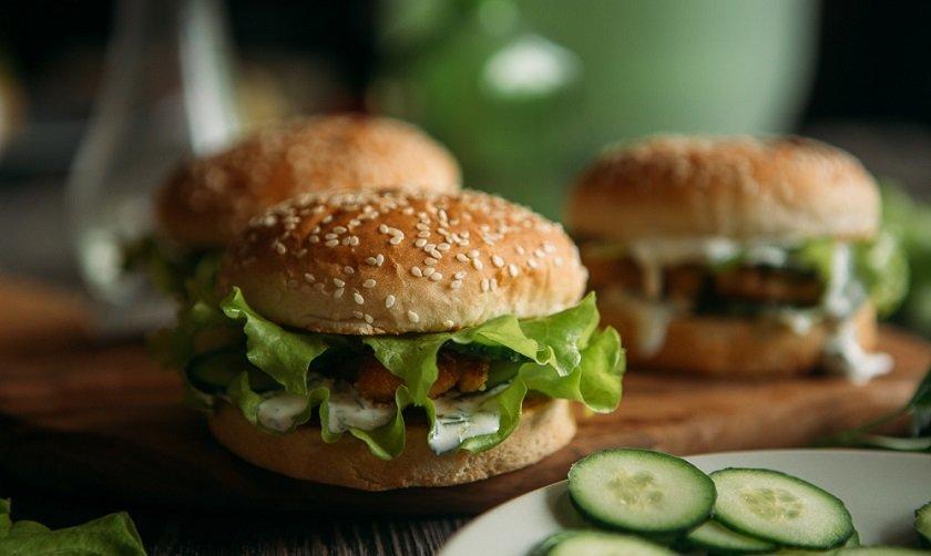 смачний домашній гамбургер
