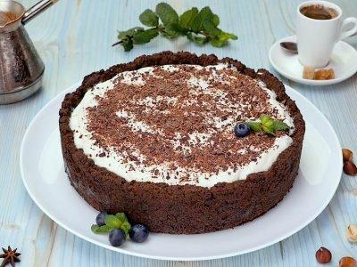 Двухслойный шоколадный торт