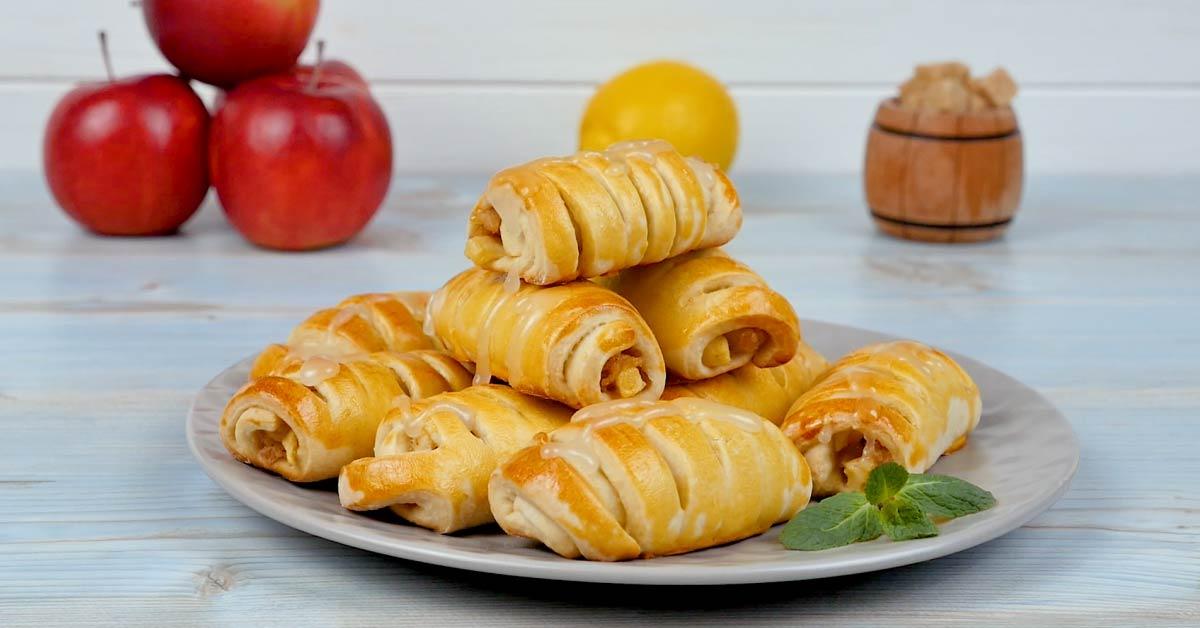 французские дрожжевые булочки с яблоками