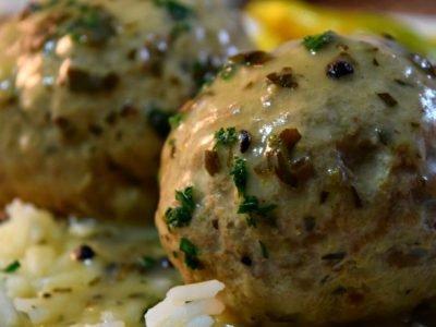 Фрикадельки без мяса в соусе