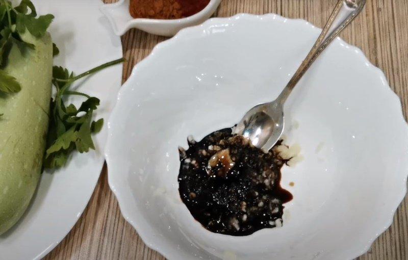 Смачні кабачки по-корейськи