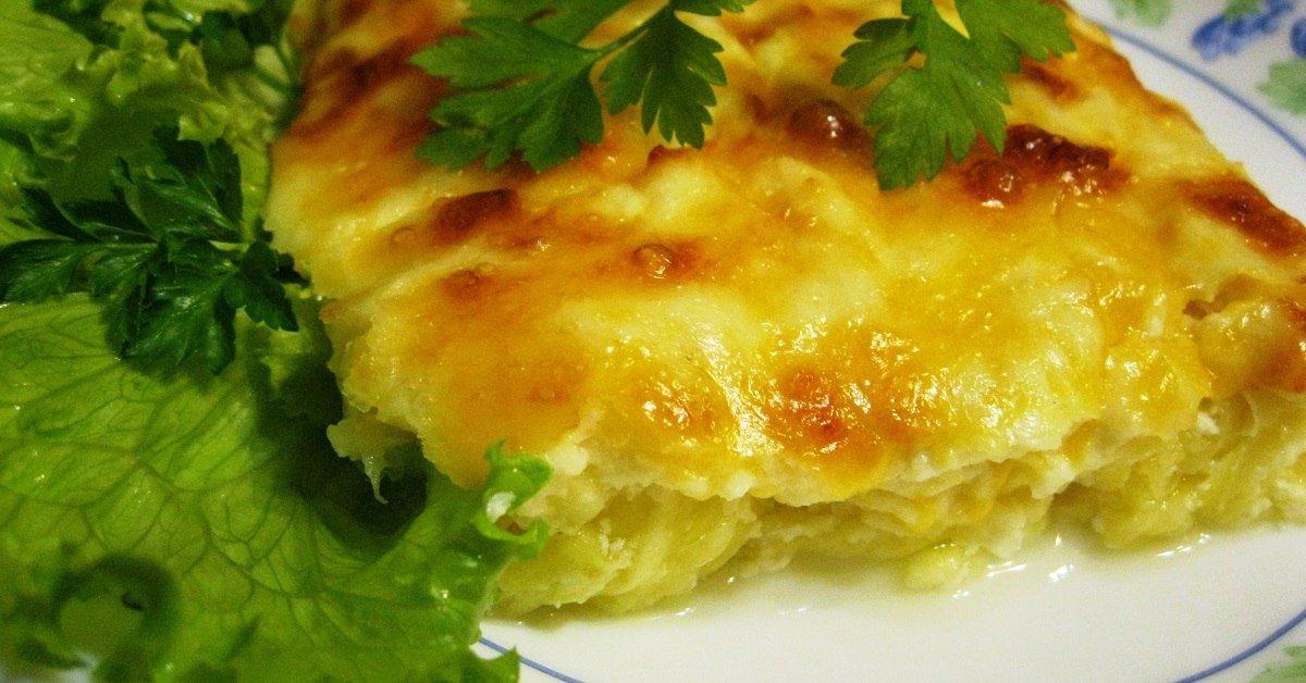 Кабачки с фаршем помидорами и сыром на сковороде