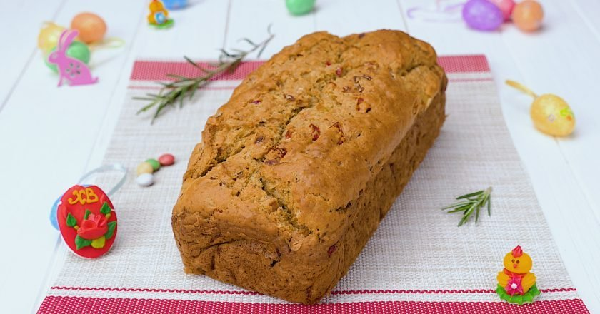 Как испечь луковый хлеб