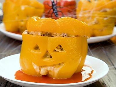 Как приготовить фаршированные перцы на Хеллоуин