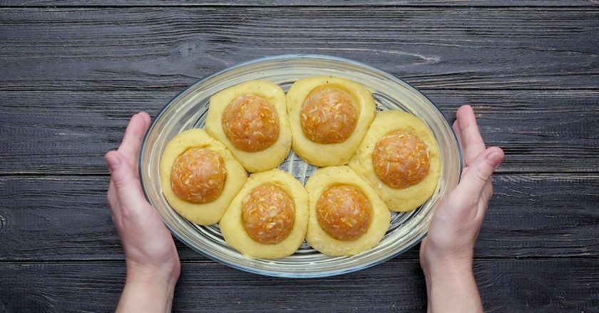 Как приготовить картофельные гнезда с тефтелями