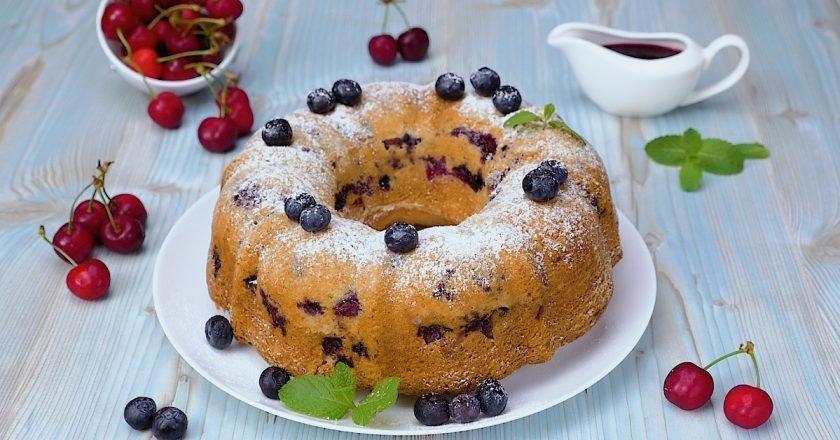 Как приготовить пирог с ягодами