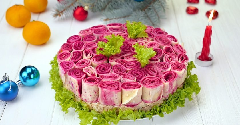 Как приготовить салат «Букет роз»