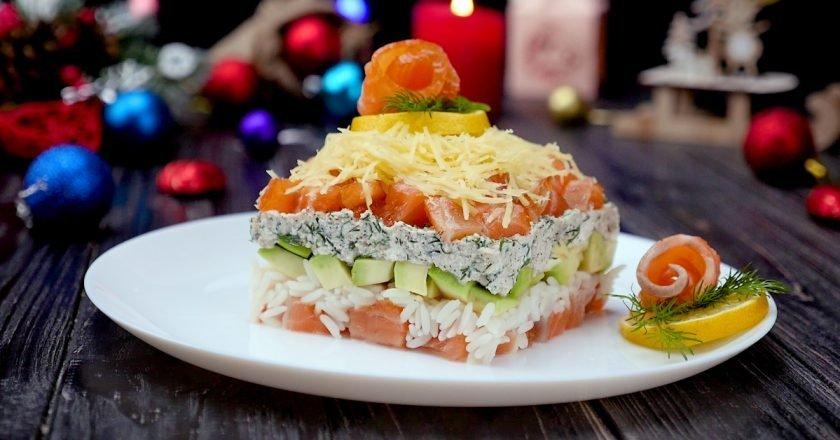 Как приготовить салат с семгой и авокадо