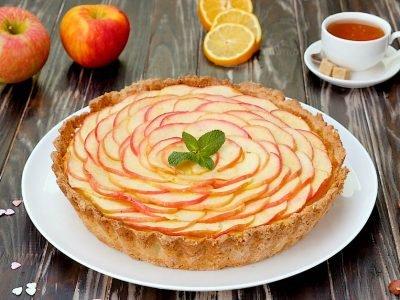 Как приготовить яблочный тарт с творожным кремом