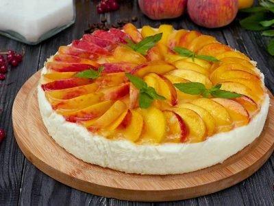 Как приготовить торт-суфле с персиками