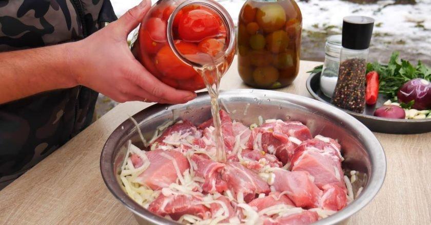Как замариновать шашлык в помидорном рассоле