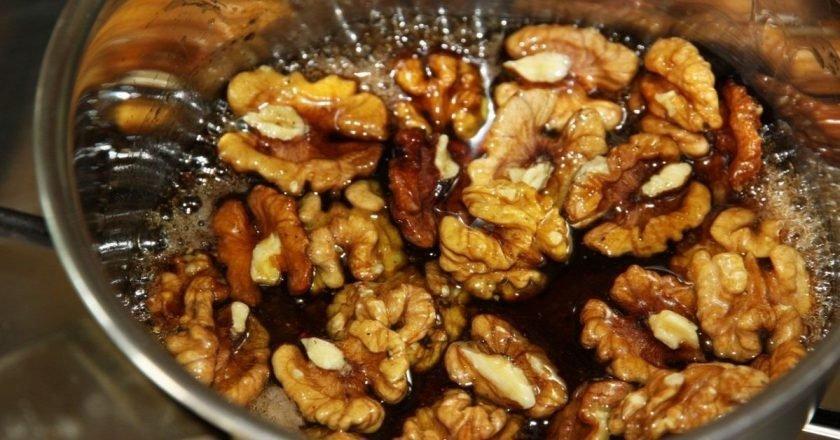 Карамелизированные орехи