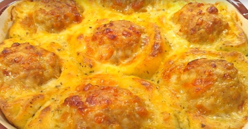 Фарш лук и картошка в духовке