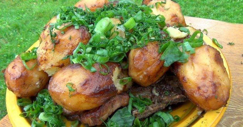 Картопля з м'ясом в казані подивитися рецепт