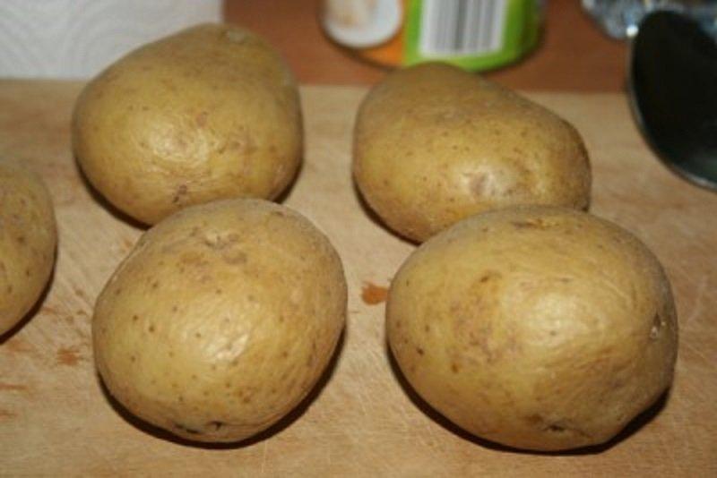 картофель в мундирах