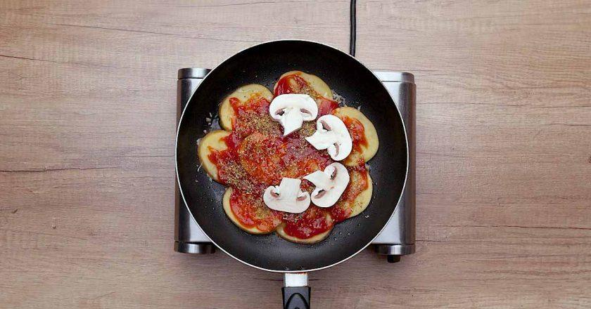 Картофельная пицца c яйцом