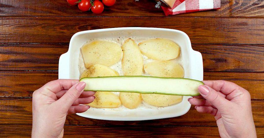Картопляна запіканка з кабачками подивитися рецепт