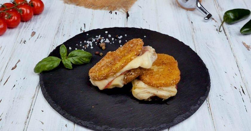 Картофельные бутерброды на сковороде