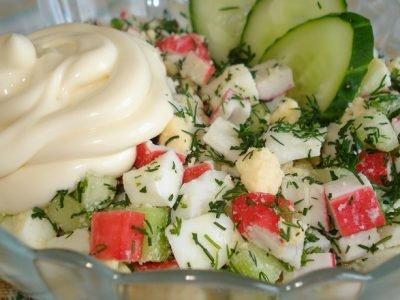 Крабовый салат с сельдереем