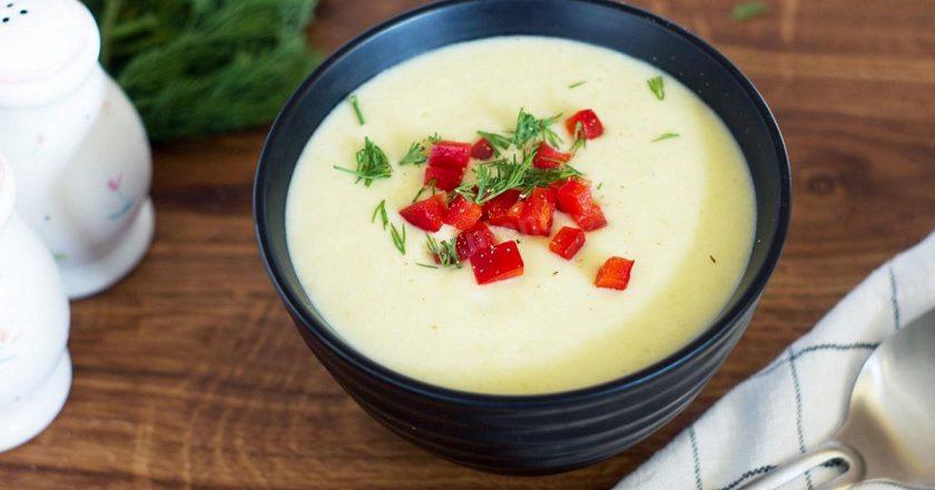 Крем-суп из кабачков с манной крупой