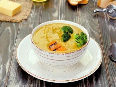 Крем-суп с брокколи и сыром